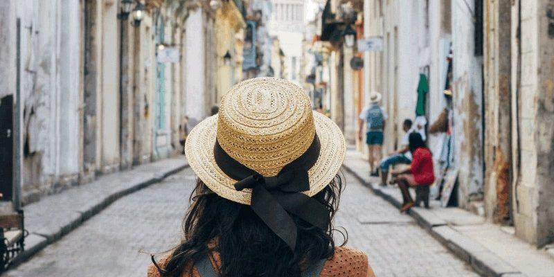 Women Traveling solo 3_800x450