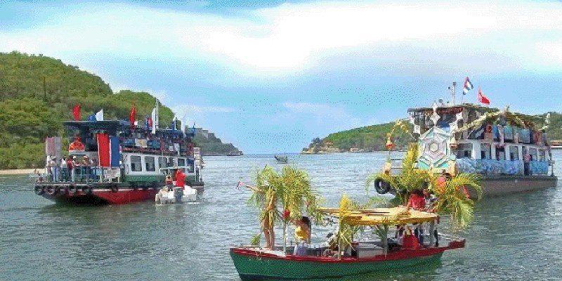 sabtiago boat 3_800x465